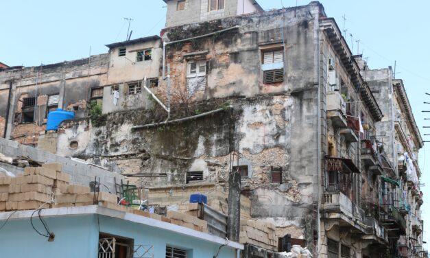 Nieto de Fidel Castro, en el lujo capitalista y el pueblo en la miseria socialista